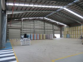 steel-6-Mareeba-Inside